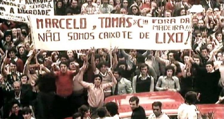 25 DE ABRIL - MOMENTOS DA REVOLUÇÃO