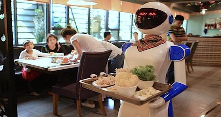 ROBOTS DESPEDIDOS NA CHINA