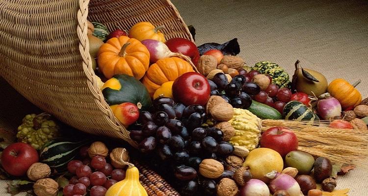 Resultado de imagem para Frutas e legumes -coração
