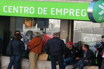 MENOS INSCRITOS EM CENTROS DE EMPREGO