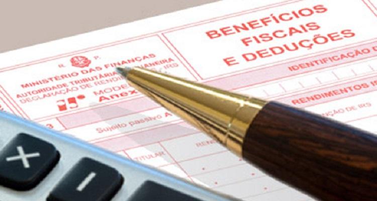 IRS: FINANÇAS DEVOLVERAM 2,3 MIL MILHÕES