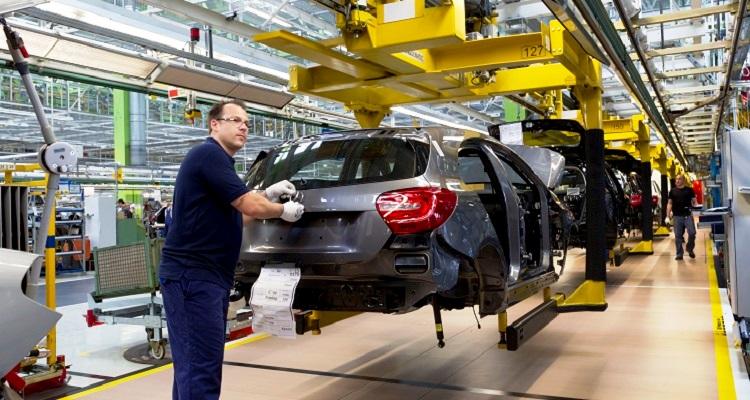 zona-eruo-producao-industrial-cresce