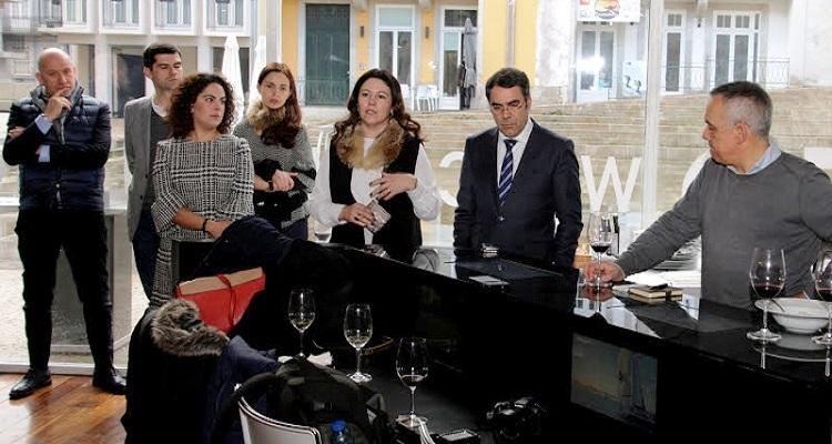 VINHAIS, A CAPITAL DO FUMEIRO FOI APRESENTADA AOS PORTUENSES