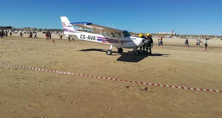 Avioneta estava em treino com aluno e instrutor sénior