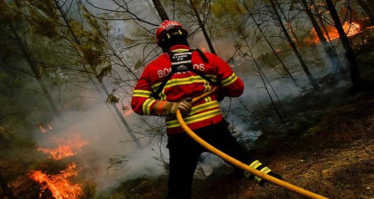 Mais de 70 incêndios em três horas. Reacedimentos dificultam combate às chamas