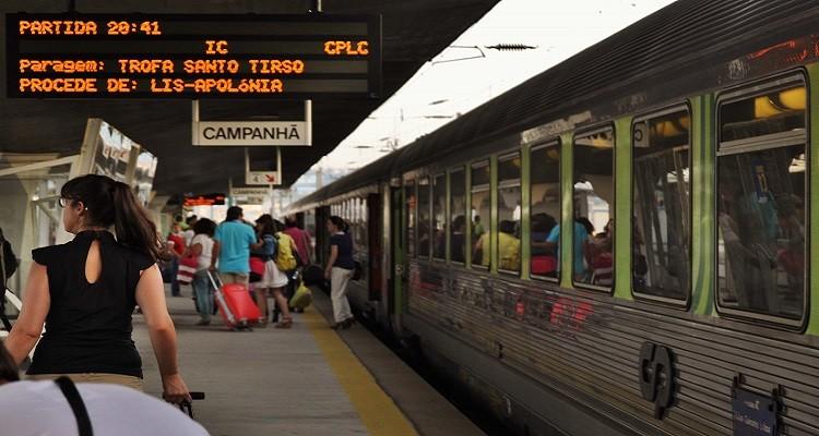 A Cp Comboios De Portugal Informou Hoje Nao Prever A Circulacao De Comboios Na Segunda Feira Devido A Greve Marcada E Por Nao Terem Sido Definidos