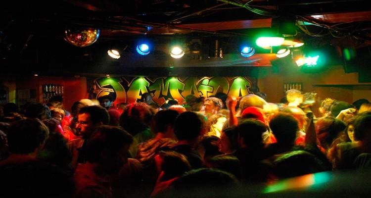 Autoridades identificam 70 bares e discotecas de risco